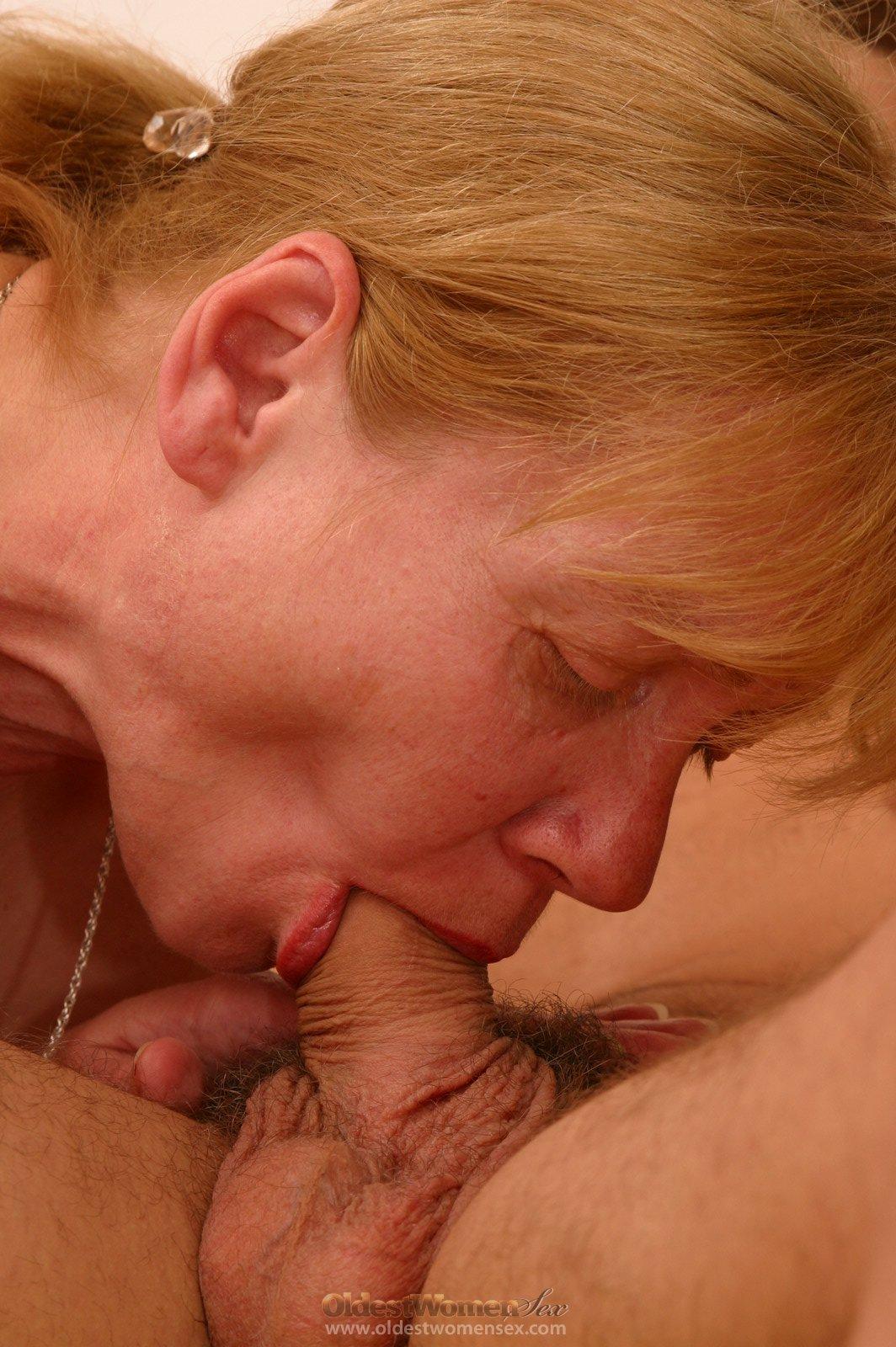 Секс с собственой мамой 7 фотография