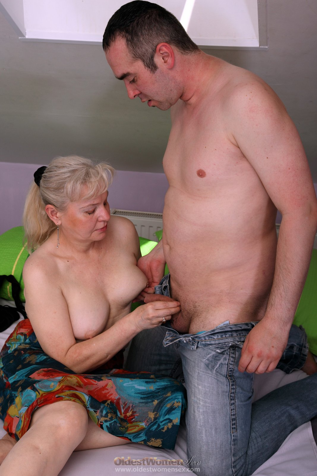 Секс стары сильно старых бабушек 23 фотография